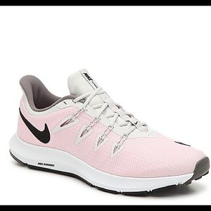 Nike Quest Lightweight Sneakers in Pink and Grey
